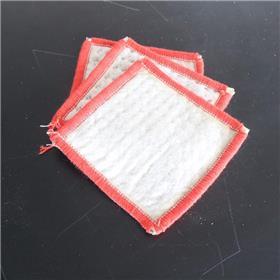 厂家供应国标 美标型膨润土防水毯 针刺钠基 覆膜胶粘防水毯