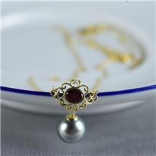 红掌柜珠宝_18K海水黑色珍珠项链_海水珍珠项链价格_珍珠饰品