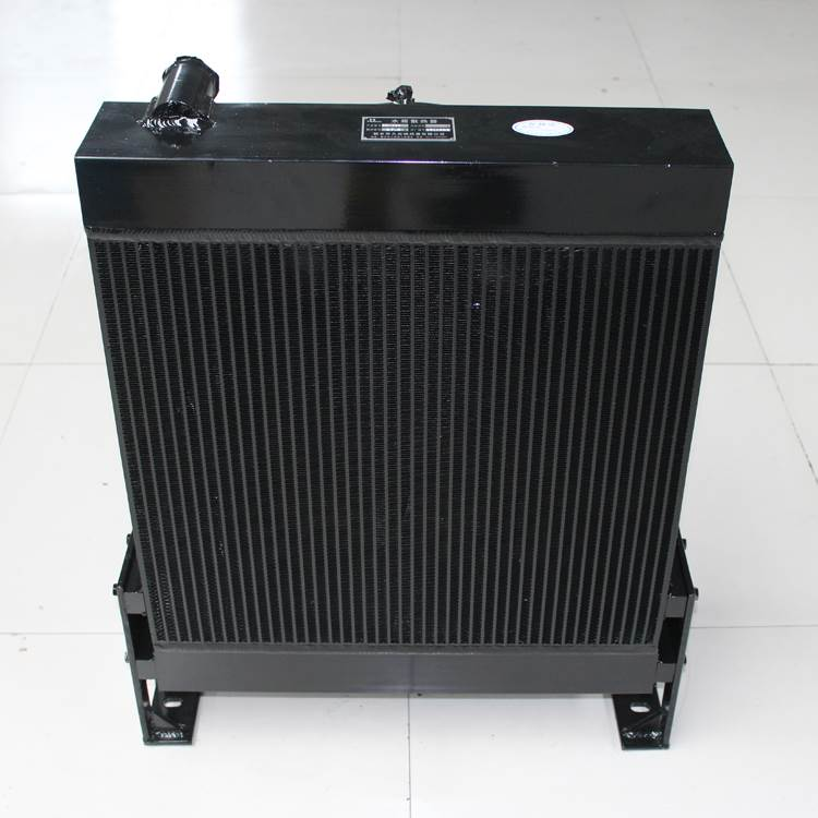 水箱散热器哪家好 水箱散热器生产厂家_久合