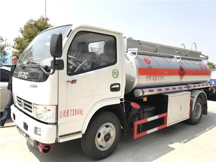 5吨8吨10吨移动加油车厂家直销现货供应