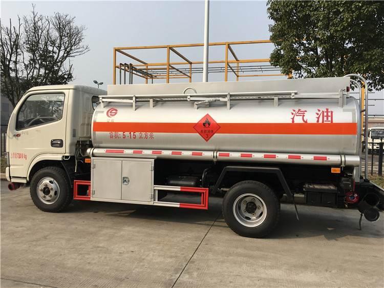 5吨小型流动加油车  国五油罐车价格