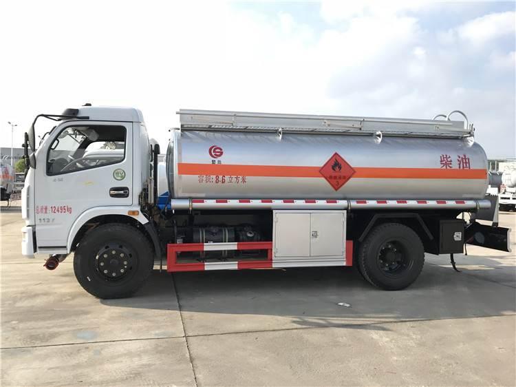加油车 国5 楚胜5吨8吨 油罐车多少钱