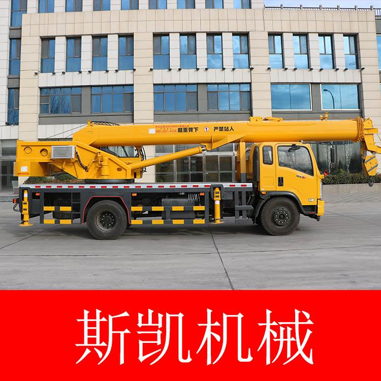 16吨东风汽车吊   16吨双节支腿汽车吊车  可上牌汽车吊