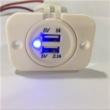 宇捷_厂家直销  车载手机充电器 白色双USB 5V 3.1A  新款